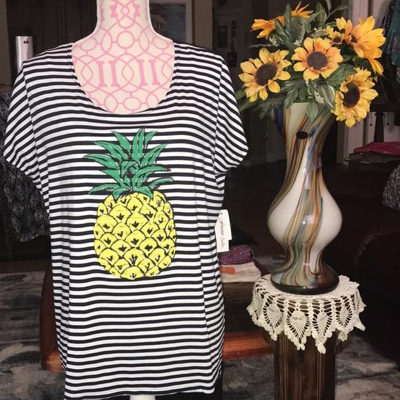 701252dfe52 NWT Plus Size 1X Navy White Stripe  Pineapple Top